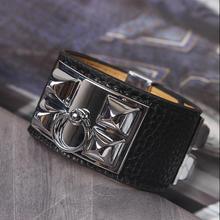 Дизайн черный кожаный гвоздь титана стали Широкие заклепки браслет