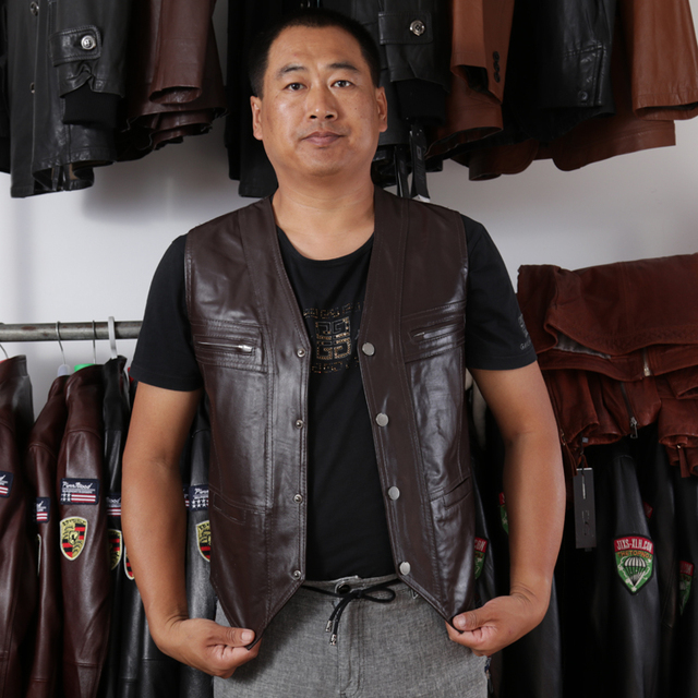 5e5db6f9b6b52 Men s Cow Genuine Leather Vest Reporter Vest Waistcoat Tank Top Jacket  Motorcycle Vest