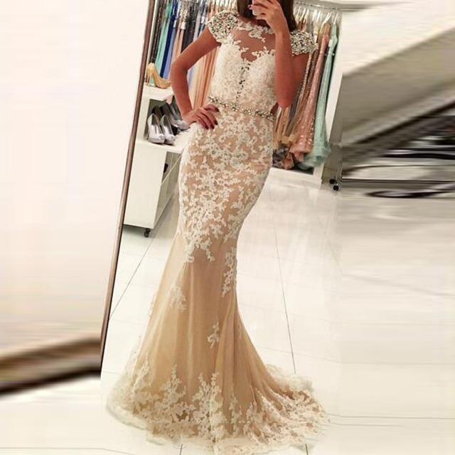 Robe soiree couleur champagne