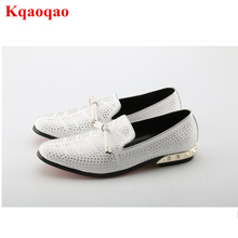 Chaussure Homme Slip On Men Shoes Sapato Masculino Zapatos Hombre Low Top Rhinestones Crystal Decor Bow Tie Shoes Hot Brand Shoe