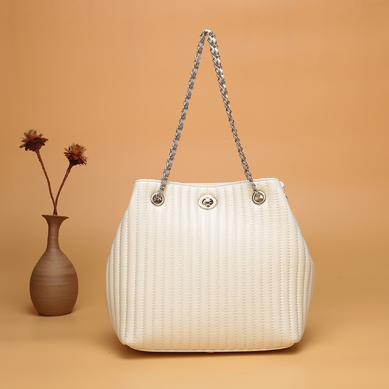 New Arrival Fashion Womens Bag  Sheepskin Genuine Leather Bucket Bag Leisure Shoulder Bags Chain Shoulder Strap New Arrival Fashion Womens Bag  Sheepskin Genuine Leather Bucket Bag Leisure Shoulder Bags Chain Shoulder Strap