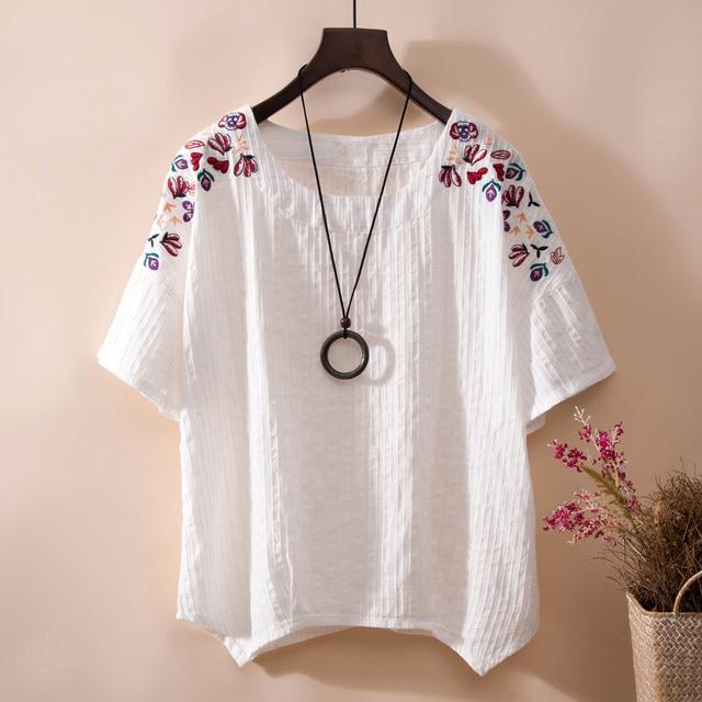 5edfe1b7a6 Plus size Blusas de linho 2018 verão vintage Bordado floral Blusa ocasional  mulheres encabeça Confortável solta