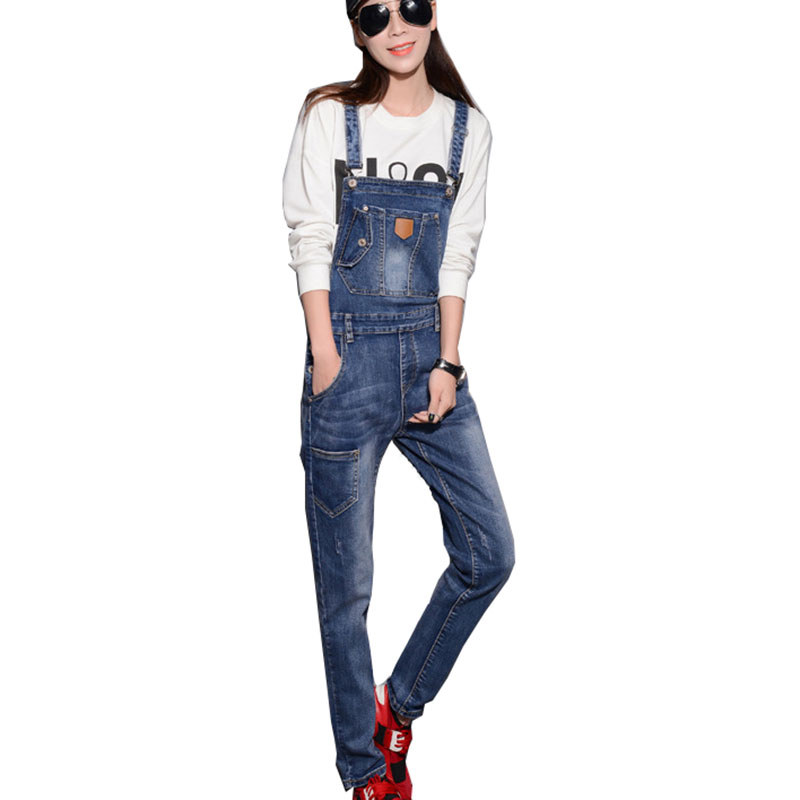 2017 autumn braces adjustable women cotton denim overalls fashion all match bleached loose ladies blue Jeans with pocket HM724