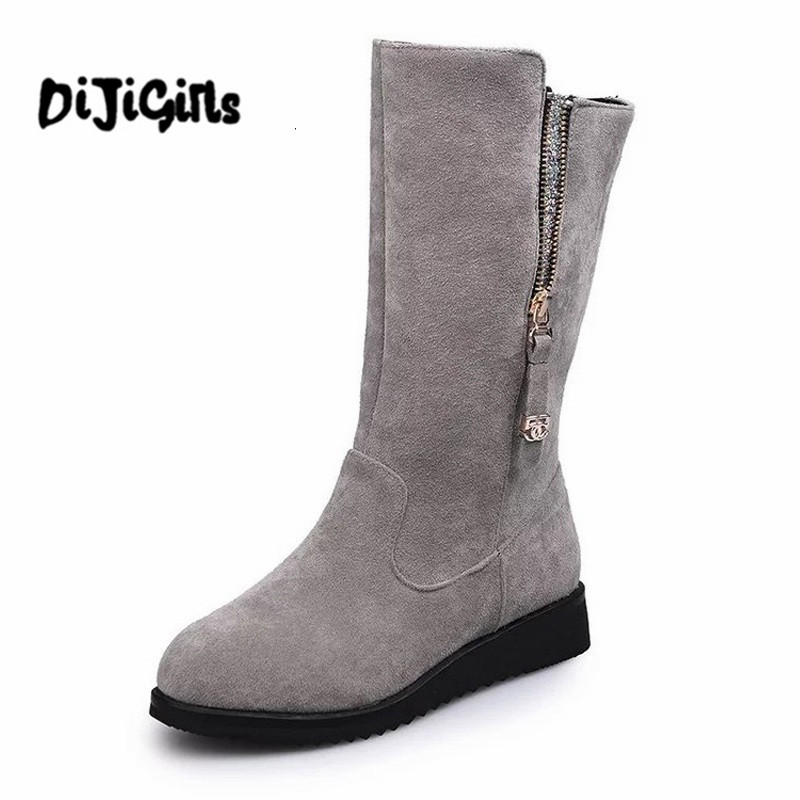 2018 New Women Boots Black Gray Solid Mid-Calf Boots Fashion Platform Winter Boots Zipper Flat Shoes for Women size 35-44 2018 genuine leather zipper winter boots round toe platform motorcycle boots elegant increased mid calf boots for women l6f2