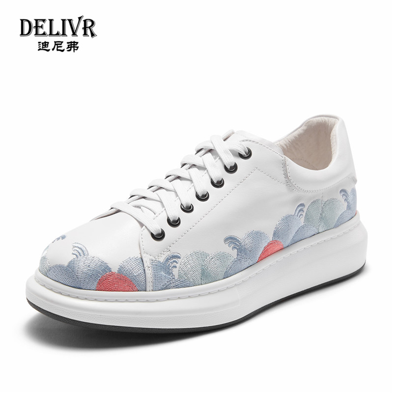 Delivr Outdoor Shoes Men Sneakers White Fashion Cow Leather Embroidered Casual Outdoor Sneakers Low Top Designer Flats ShoesDelivr Outdoor Shoes Men Sneakers White Fashion Cow Leather Embroidered Casual Outdoor Sneakers Low Top Designer Flats Shoes