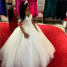 Puffy Skirt Off Shoulder Top Lace Wedding Gown Custom Made 2016 designed charming wedding dress Vestido De Noiva fashionable
