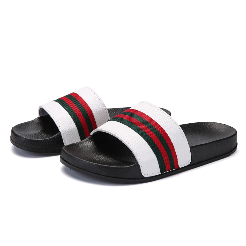 Men Slippers Summer Flat 2018 Shoes Breathable Home Black White Fashion Platform Sandals