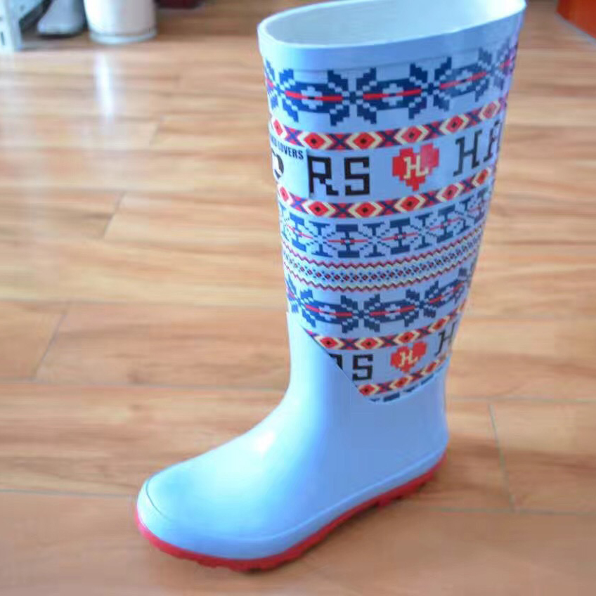 Rain boots for children waterproof and skid proof high fashion rain boots kids