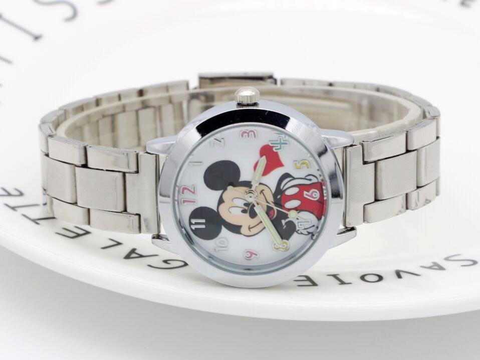 2018 Mickey mouse Watch ladies Stainless Steel Women Watches Cartoon Mouse Clock students kids Sports Quartz Wristwatches