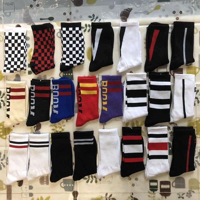 268e4932cb7 1 Pair Hip Hop Men Grid Pattern Socks Street Funny Skateboard Business Unisex  Sock Pure Cotton