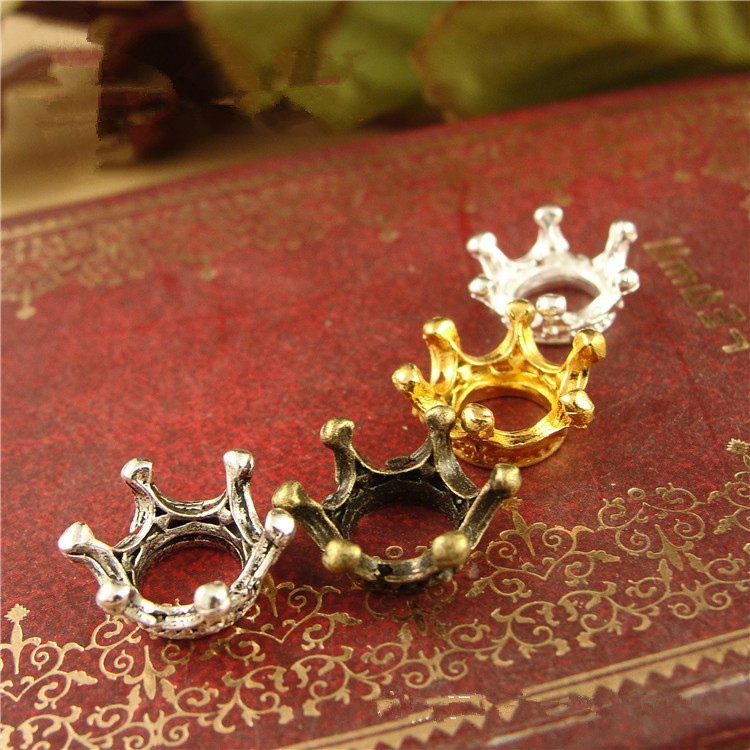 BASEHOME 50pcs/lot Retro Vintage Crown Charms European Style Charm Metal Jewelry Findings For Bracelet Necklace DIY