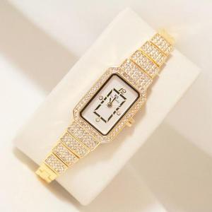 Image 1 - 2019 nova mulher quente relógio de strass senhora diamante vestido de pedra relógios pulseira de aço inoxidável relógio de pulso senhora relógio quadrado