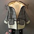 Gilrs crianças Xadrez Patchwork casaco Com Capuz bolso outerwear botão Cashmere grossa Jaqueta casaco de Inverno nova chegada moda infantil Combina