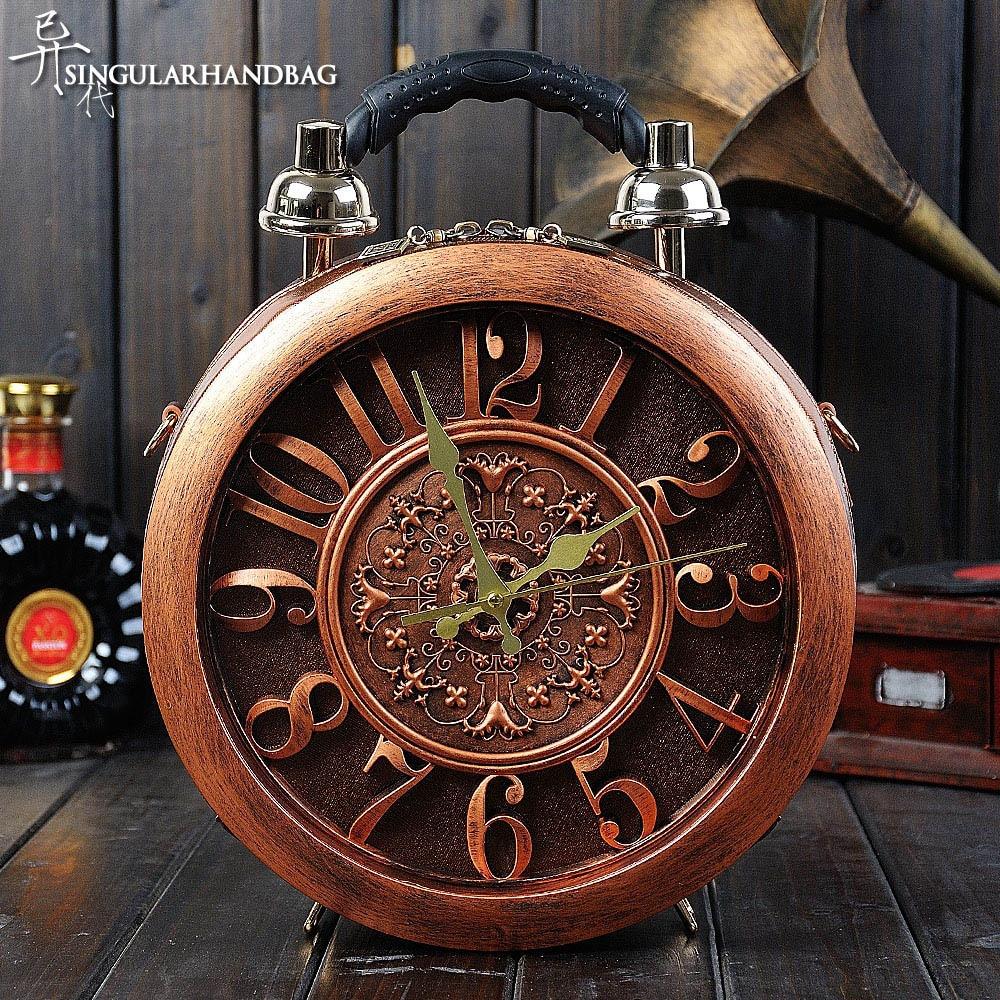 iPinee women's round vintage workable clock handbag true