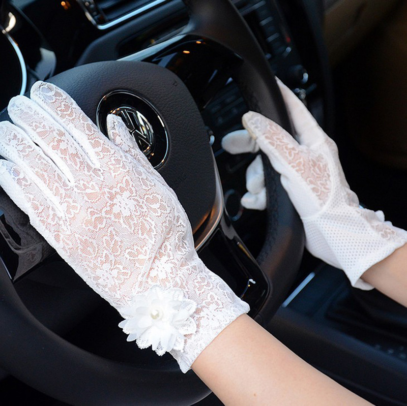 HTB1dFvjRFXXXXbJXVXXq6xXFXXXo - Sexy Summer Women UV Sunscreen Short Sun Female Gloves Fashion Ice Silk Lace Driving Of Thin Touch Screen Lady Gloves G02E