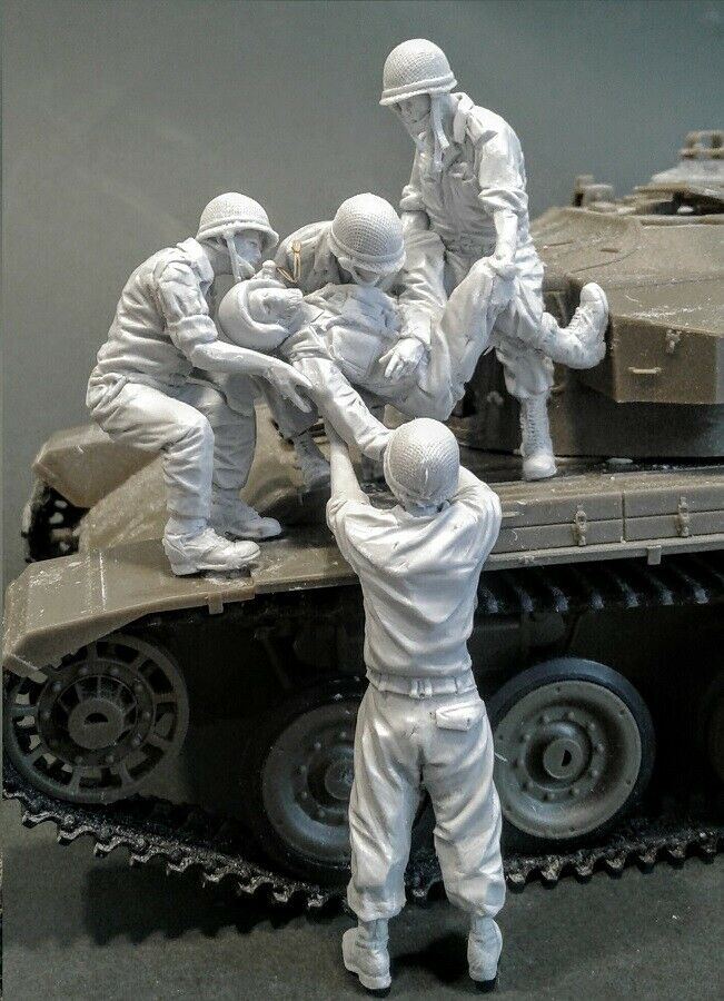 1/35 Conflicts Tank Casualty (5 Figures) (NO TANK )  Resin Figure Model Kits Miniature Gk Unassembly Unpainted