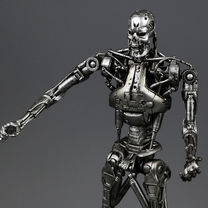 New Box Free Shipping NECA The Terminator 2 Action Figure T800 Cyberdyne Showdown PVC Figure Toy 718cm neca the terminator 2 action figure t 800 endoskeleton classic figure toy 718cm 7styles