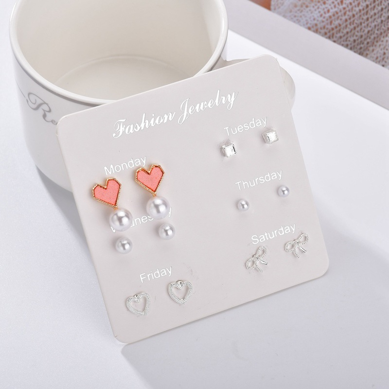 version fashion new simple suit love Circle Earrings personality fashion temperament small ear female jewelry wholesale in Drop Earrings from Jewelry Accessories