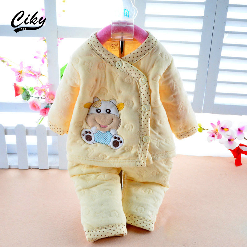 2015 Newborn baby set Baby Clothing Set Cotton Autumn/Winter Thick Pajamas Cartoon Bear Baby Boy/Girl Long Sleeve Underwear