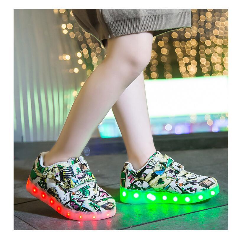 kids led shoes (40)