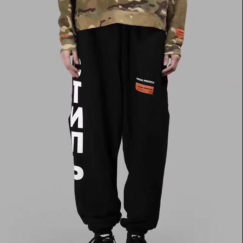 2018 F/W NEW kanye west Heron Preston Del Ricamo Delle Donne Degli Uomini di Hiphop Pantaloni Streetwear HP Pantaloni Della Tuta Per Il Tempo Libero Pantaloni di Cotone nero