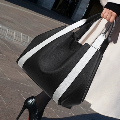 Brand Large Capacity Women Bags Shoulder Totes Classic Washed PU Motorcycle Messenger bags soft casual Leather