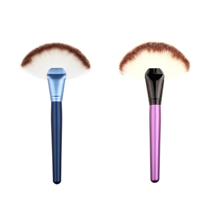 2017 Stor Slim Fläkt Makeup Brush Highlighter Face Contour Powder Brush