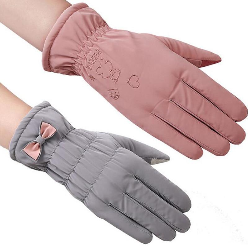 New Female Winter Outdoor Sports Warm Windproof Cartoon Bear Touch Screen Gloves Fashion Women Bow Tie Plush Gloves Mittens 17