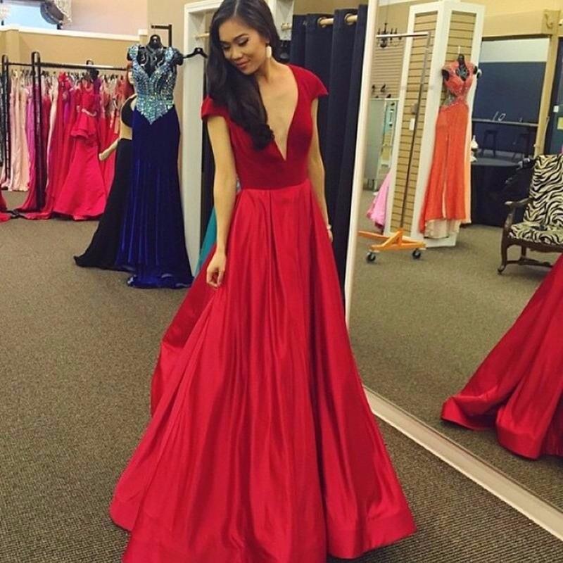 Robe De Soirée 2017 vestido De Veludo Vermelho Longo da Noite Vestidos de Noiva Banquete Sexy Decote Em V do Assoalho-comprimento Do Partido do baile de Finalistas do Vestido
