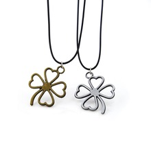 Original New Faux Leather Chain Clover Pendant Necklace Women Vintage Silver Flower Choker Necklaces Female Jewelry Party Gift штатная магнитола daystar ds 7067hd hyundai elantra 2013 android 7 1 2 8 ядер 2gb озу 32gb памяти