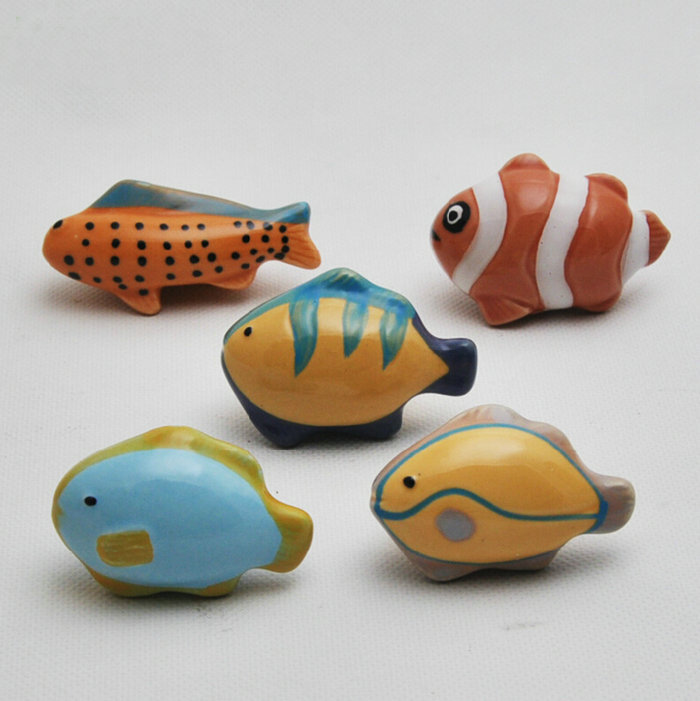 Lovely Childlike Ceramic Tropical Fish Theme Cupboard Closet Cabinet Drawer Furniture Knob Handle For Nursery 5PCS/Set nursery furniture kit