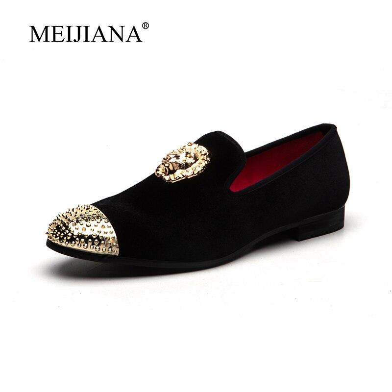 الرجال نمط MeiJiaNa 2019 الذهب مشبك غطاء الرجال الأسود المخملية حذاء كاجوال أحذية الحفلات جديد النعال حذاء مسطح-في أحذية رجالية غير رسمية من أحذية على  مجموعة 2