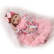 Nicery 22inch 55cm Reborn Baby Doll Magnetic Mouth Soft Silicone Lifelike Girl Toy Gift for Children Pink Flowers Dress