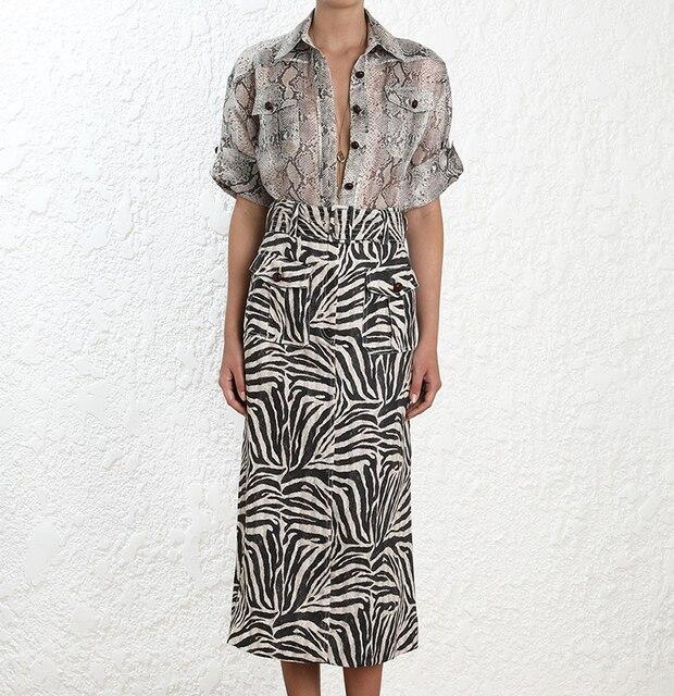 Alta gama de seda y lino Corsage Safari Python imprimir camisa holgada botones cierre frontal bolsillos de utilidad frontal y doblado mangas