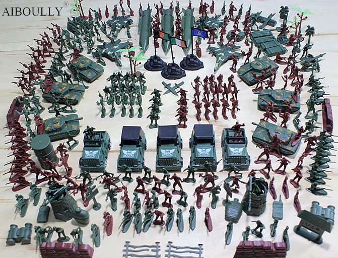 307Pcs/set WWll Military Figures Soldier Man Highquality PVC War Military Suit of Model Aircraft & Tanks & Missile Model Boy toy soldiers set military toys model of helicopter tank soldiers the artillery missile toy for boy