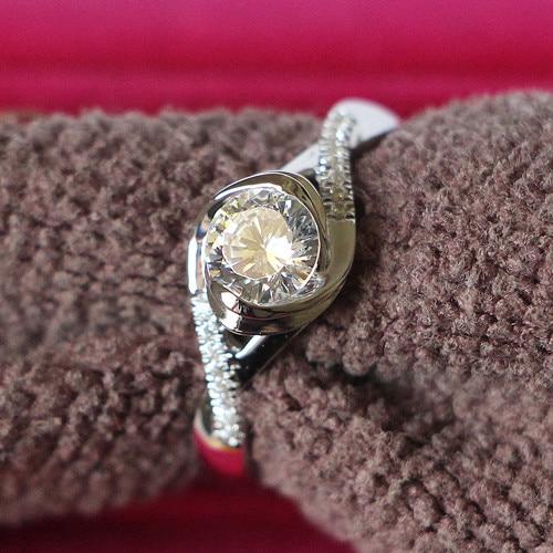 Lovely Birthday Gift Gold Ring Solid 14k White Gold 0 5ct Female