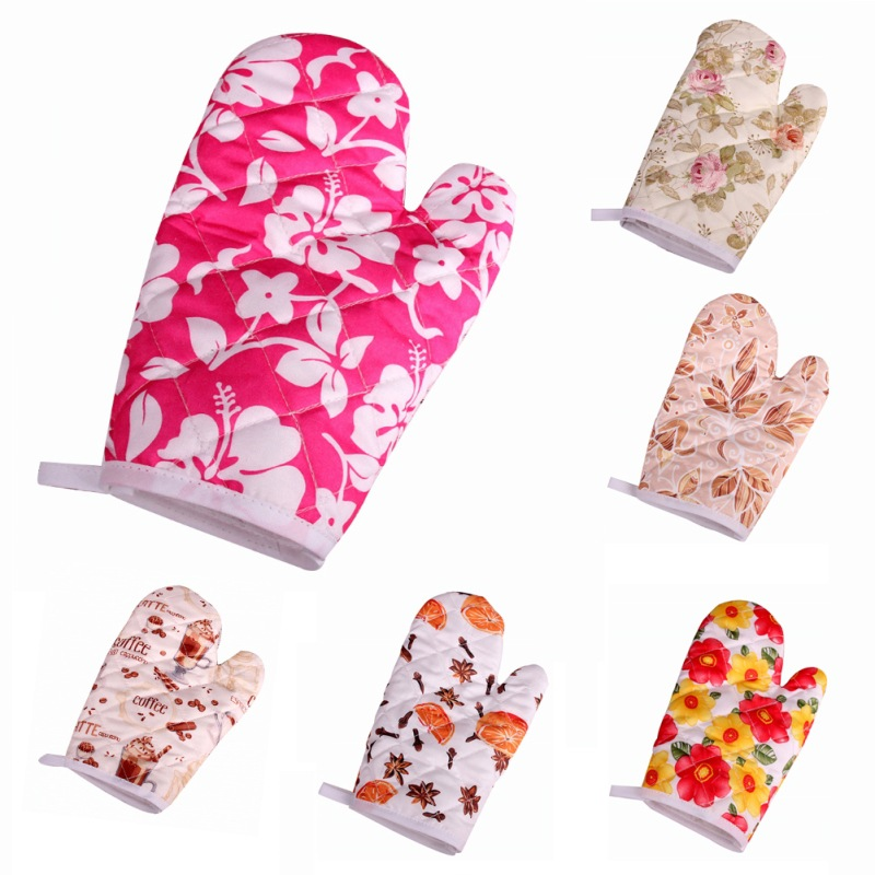 Oven Mitts Cute Kitchen Supplies Cotton Thick Microwave Oven Gloves High-Temperature Hot Insulation Gloves