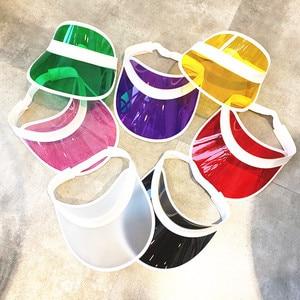 Image 1 - Kadın ayarlanabilir 8 adet/grup şeker şeffaf PVC plastik şapkalar çok renkli güneşlik plaj parti kapaklar UV koruma bisiklet şapka