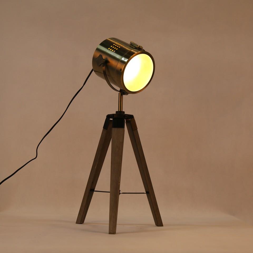 Retro Royal Wood tripod Table Search Light Lantern,Bronze led desk light flexible led desk light bar 9