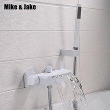Bianco puro vasca da bagno rubinetto fissato al muro della cascata miscelatore chrome vasca da bagno doccia a cascata doccia fredda e calda vasca da bagno rubinetto