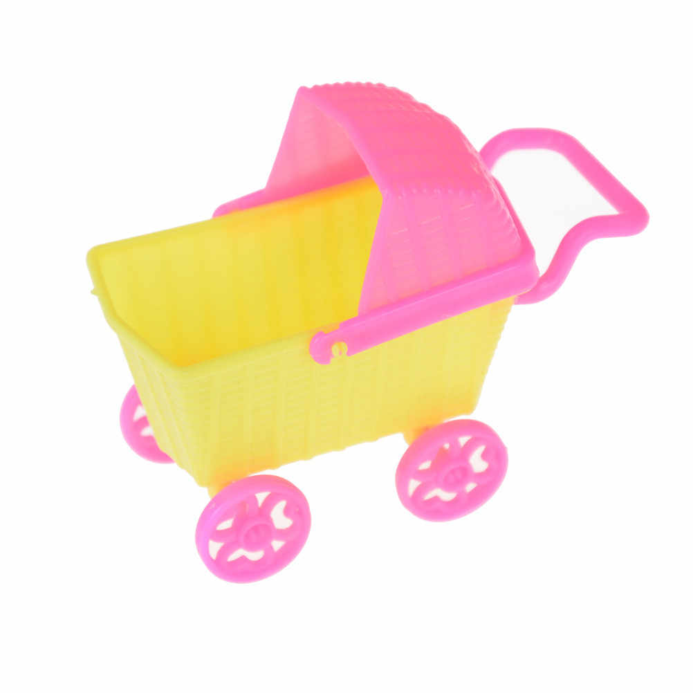 Frigorífico Máquina de Lavar Roupa Mini Ventilador Cama para Acessórios Da Boneca Kelly Fingir Brinquedos Brincar de Casinha para As Meninas Boneca Acessórios Do Brinquedo