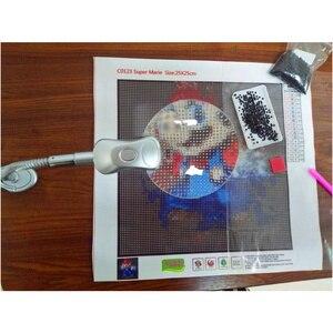 Image 5 - Accesorios de pintura de diamantes 5D, lupa con luz LED, diseño plegable, bordado de punto de cruz, accesorios de decoración para el hogar