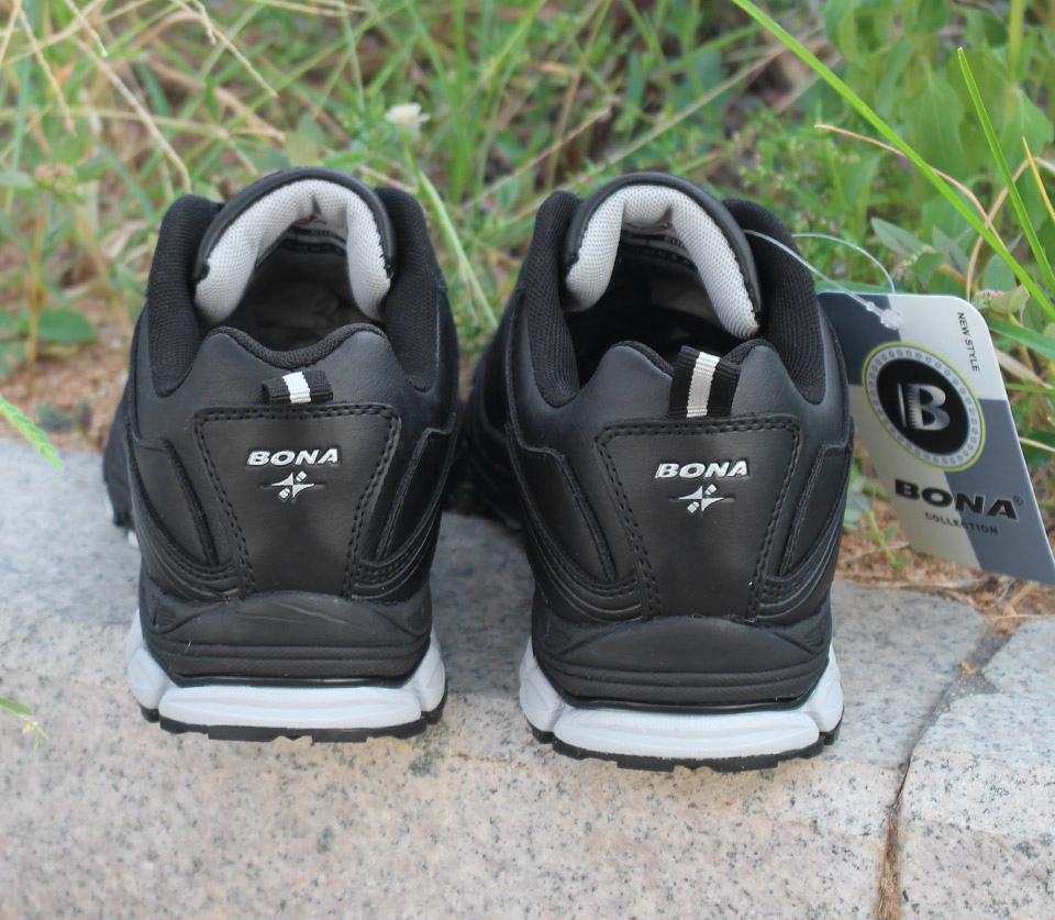 Foto from the back BONA popular running sneakers for men. Men's athletic shoes for outdoor black color
