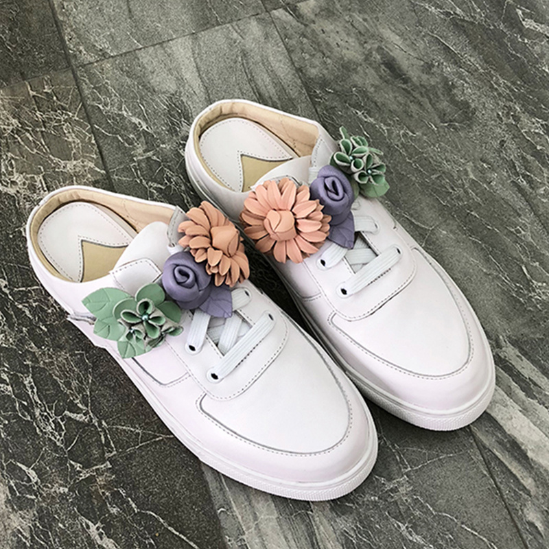 2018 New Shoes Woman Colorful Flower Decor Lace Up Casual Shoes Women Flats Brand White Leather Shoes Outdoor Spring Slipper