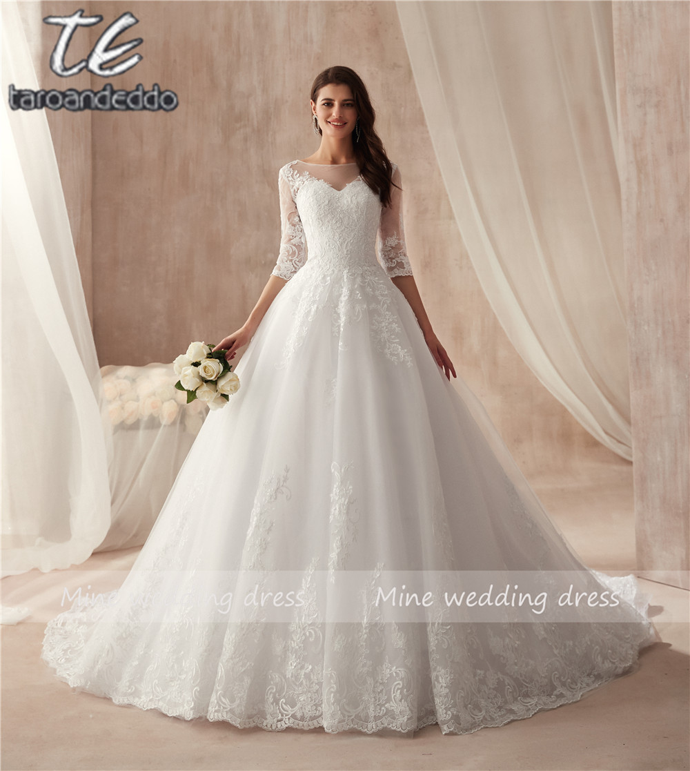 Scoop Neck Ball Gowns Half Sleeves Wedding Dress Lace Up Zipper Back High Quality Bridal Gowns