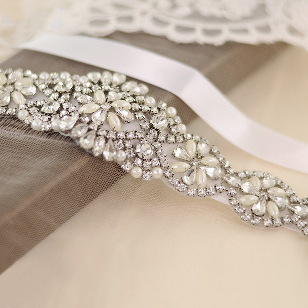 Women's Pearl Rhinestones Handmade Belt Wedding Dress Belts Accessories Elegent Crystal Marriage Bridal Sashes For Dress Satin
