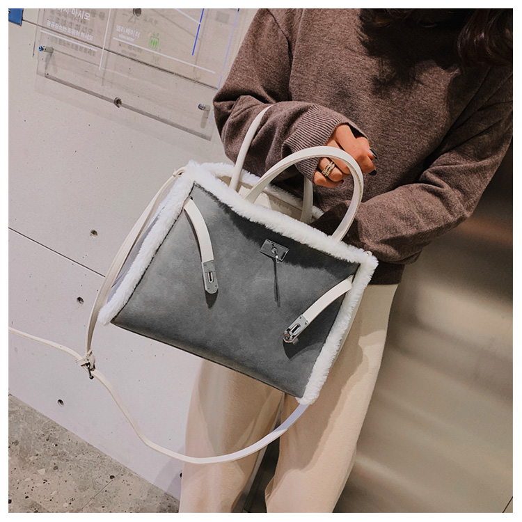 Korean handbag large capacity bucket hand bag designer big tote designer Fur women messengerc winter shopping wool no lock 89