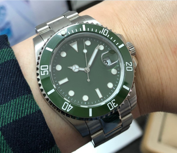 40mm Sapphire Glass green ceramic Bezel Automatic Self-Wind movement Men Watches Mechanical watches gr272-g8
