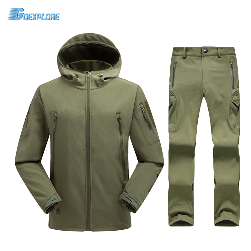 цена Tactical Softshell Men Army Sport Waterproof Hunting Clothes Set Military Jacket and Pants Camouflage Outdoor Jacket Suit