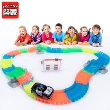 160 stks Racing Tracks Set Gloeiende Flexibele Stunt Racebanen Lichtgevende Speelgoed Voor Jongens kinderen Spoorweg Slot Cars Kids Gift